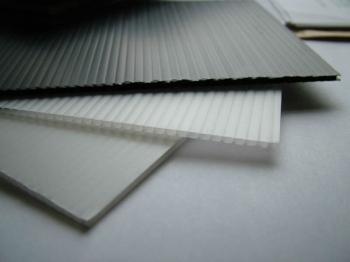 Correx 174 Sheet Standard 8 X 4 2 4m X 1 2m 2mm