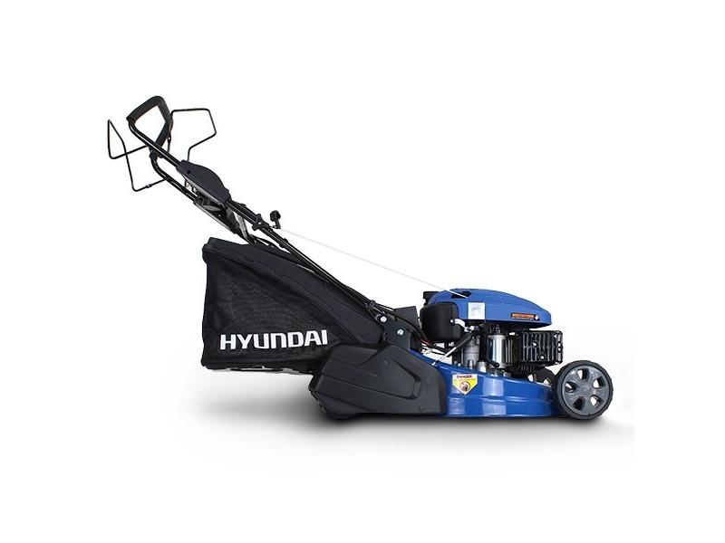 Hyundai HYM460SPR 135CC 4-Stroke Petrol Lawnmower Self Propelled rear Roller 46cm Cutting Width
